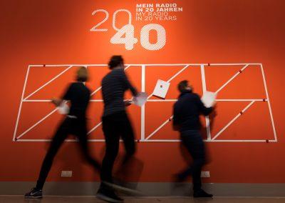 """WEISSES RAUSCHEN RADIOMACHEN UND DIE ZUKUNFT Ausstellung  """"ON AIR. 100 Jahre Radio"""""""