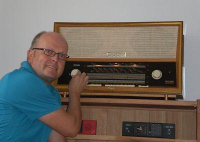 """Foto-Aktion """"Ich und mein Radio"""": Mein Radio Capri-Röhrensound in Stereo"""