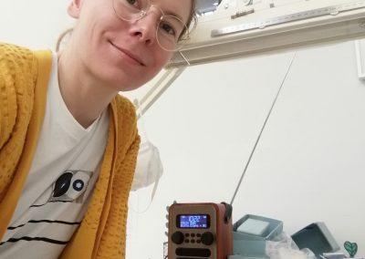 """Foto-Aktion """"Ich und mein Radio"""": Arbeitsradio in der Restaurierungswerkstatt"""