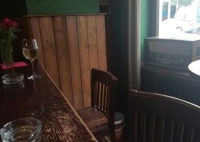 """Foto-Aktion """"Ich und mein Radio"""": Mein Wein, mein Stuhl, mein Radio"""